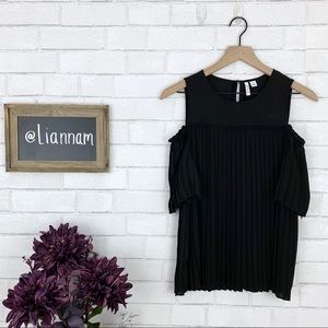 ELLE Black Pleated Short Sleeve Cold Shoulder Top